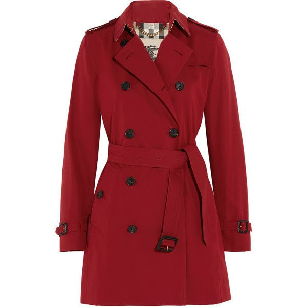 Burberry The Kensington Mid cotton-gabardine trench coat (24.565 ARS) ❤ liked on Polyvore featuring outerwear, coats, jackets, trench coat, coats & jackets, double breasted military coat, military trench coat, military style coat and leather-sleeve coats