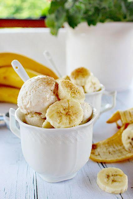 Nyáron nyalni kell... Jó sok féle, és finom házi fagylaltokat. Lehet az bolti is, de az otthoni, kertben-teraszon, ...