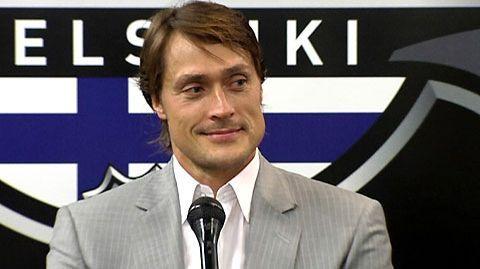 Teemu Selänne - Finnish icehockey legend.