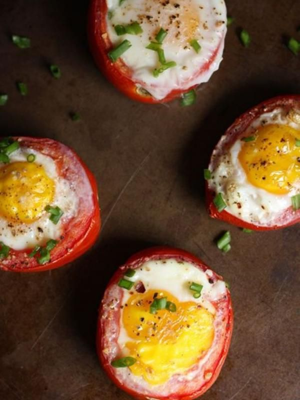 [Bintangg] Tomat Panggang Isi Telur, Camilan Malam Sehat Hari Ini
