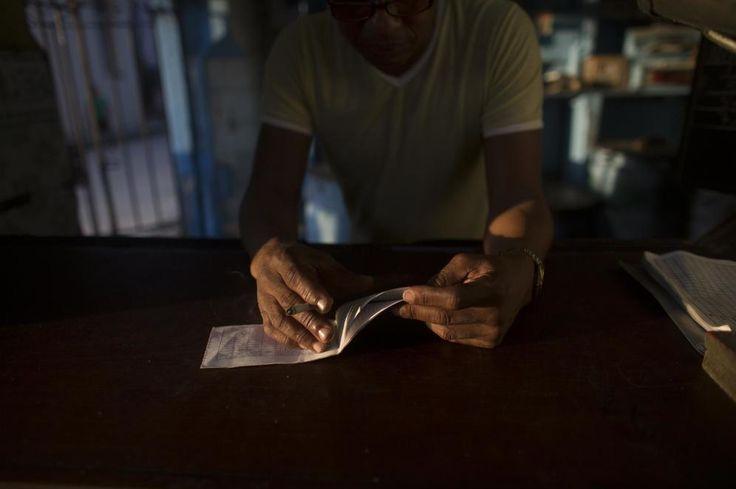PARA EL DEBATE :ESPAÑOLES JUBILADOS EN CUBA: TENGO CARTILLA DE RACIONAMIENTO Y SANIDAD GRATIS.