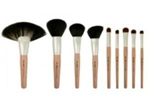 Pinselkunde – Beautytipps – Wie finde ich den richtigen Make-Up Pinsel? – Make-Up-Tipps