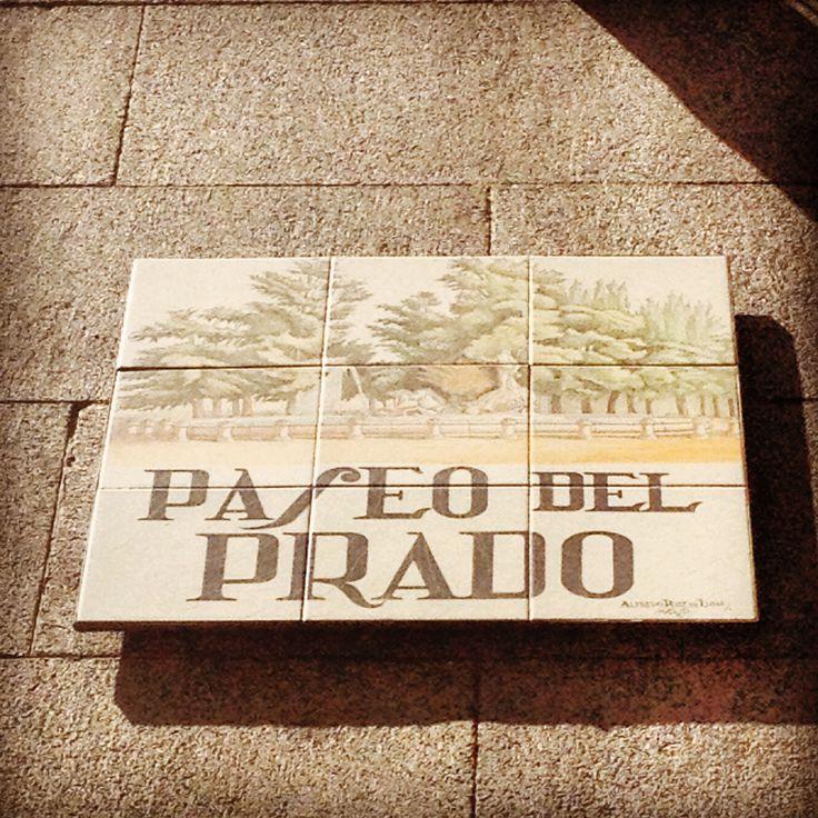 Paseo del prado madrid spain calle monumentos estatuas for Calle del prado 9 madrid espana