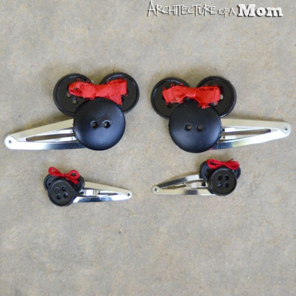 Minnie Mouse Button Hair Clips