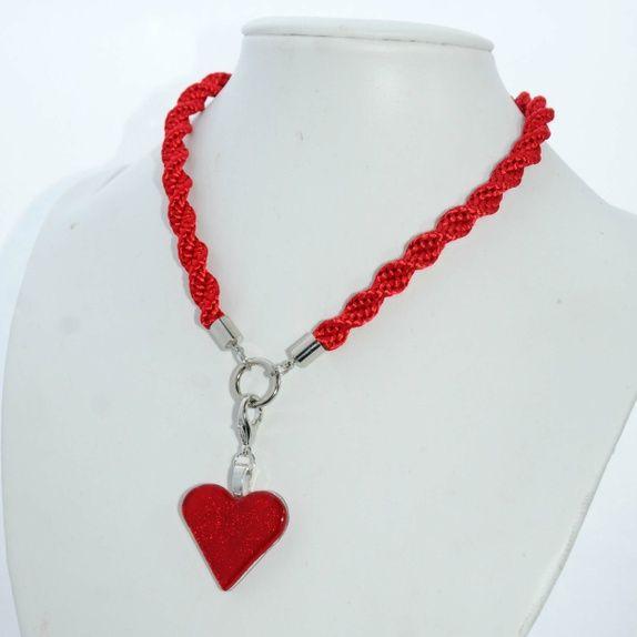 Håndlaget kumihimokjede med glassmykke Handmade necklace with glass pendant Marianne Vik Design http://epla.no/shops/mariannevikdesign/
