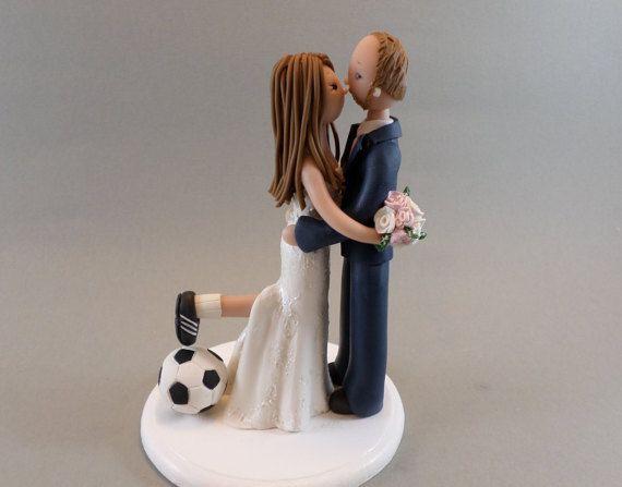 Sposa e sposo a mano su ordinazione di calcio tema Wedding Cake Topper