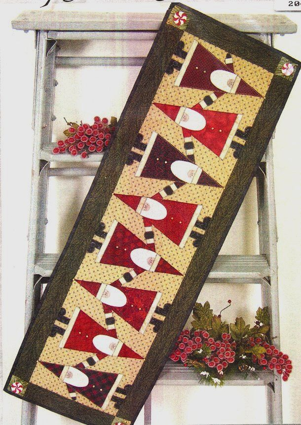 Santas table runner....would be really cute for the mantle too