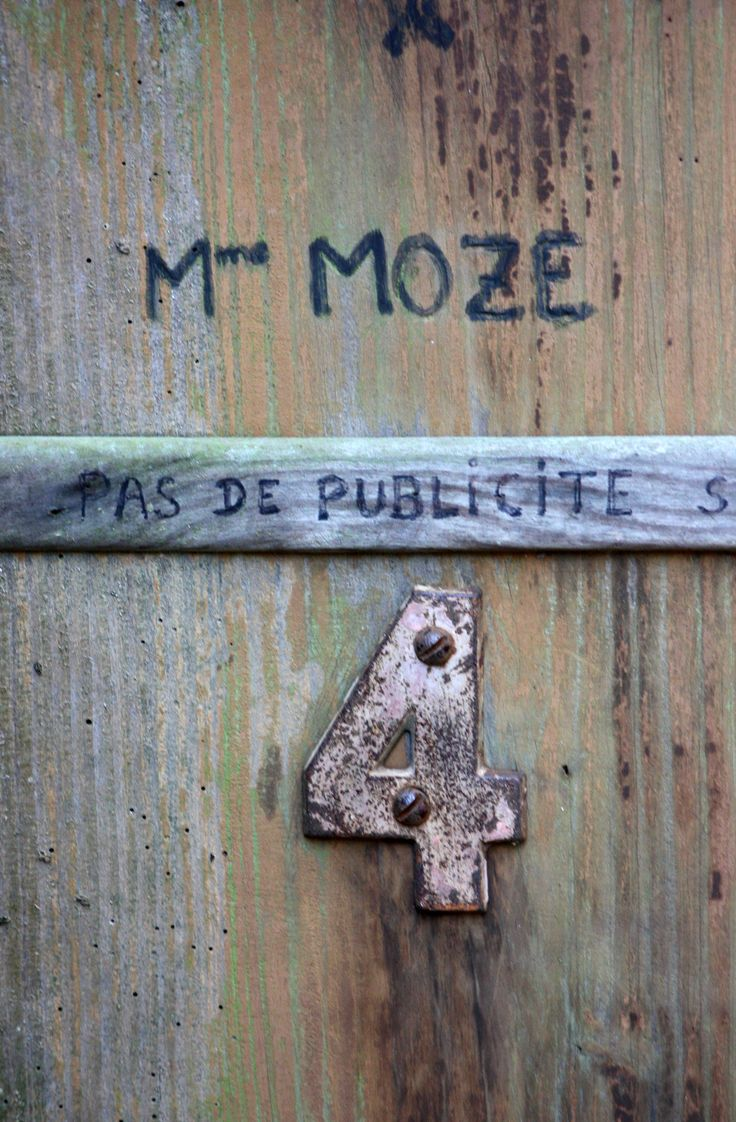 Mme. Moze. Photograph Jon Vicente.