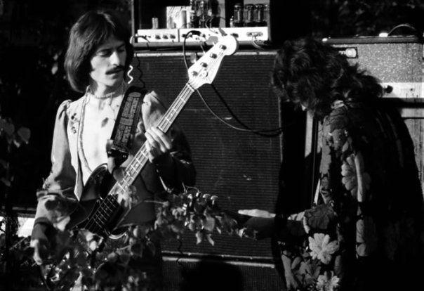 Sergio Andreu, bajista del grupo rock Los Trapos. Santiago de Chile 1976.