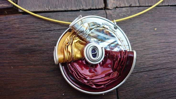 bijoux collier boucles d'oreilles capsule café nespresso recyclé rouge : Collier par cococreative