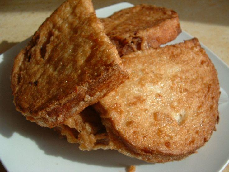Te is szereted a bundás kenyeret? Akkor ezt a receptet neked találták ki! Egyszerűen imádom, amióta rátaláltam erre a bundás kenyér receptre, csak így csinálom!