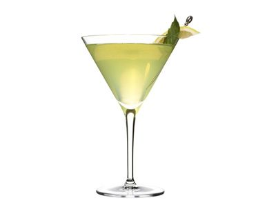 lemon basil martini recipe cocktails leaves and fresh. Black Bedroom Furniture Sets. Home Design Ideas