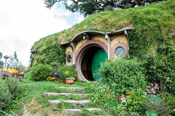 Hobbiton! Bag End in real life...