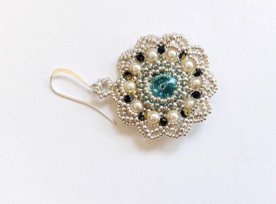 Guarda questo articolo nel mio negozio Etsy https://www.etsy.com/it/listing/245122374/orecchini-perline-orecchini-perle