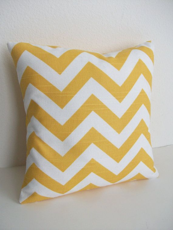 Say what? It's another yellow pillow.