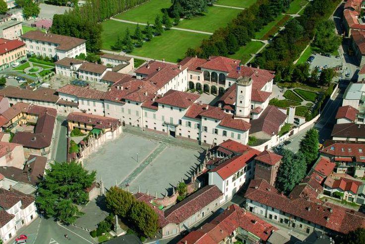 Palazzo Arese Borromeo, veduta aerea, Cesano Maderno (Monza)