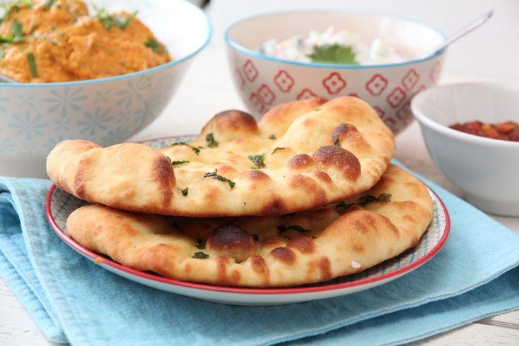 Nan er et mykt, flatt brød som er selvskrevent tilbehør til indiske smaker, som for eksempel den indiske kyllingsuppen, kylling tikka masala og kylling curry. Tradisjonelt stekes nan i en tandooriovn, men det er fullt mulig å lage nan med vanlig stekeovn også.