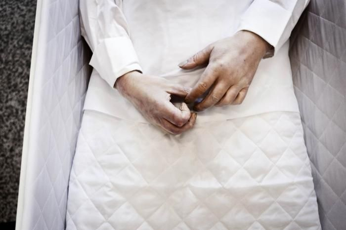 Som læge var jeg slet ikke rustet til døden | Information