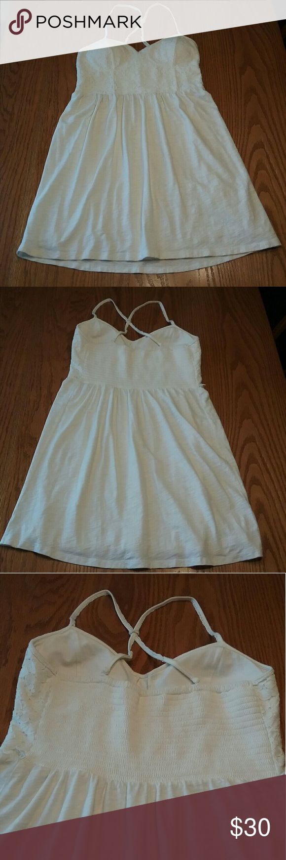 American Eagle cream lace dress size M Bust 15.5in Length 35in Has lining has padded bra American Eagle Outfitters Dresses Midi