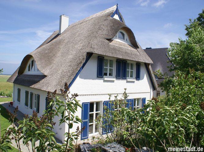 Ahrenshoop - Schöne Reetdachhäuser
