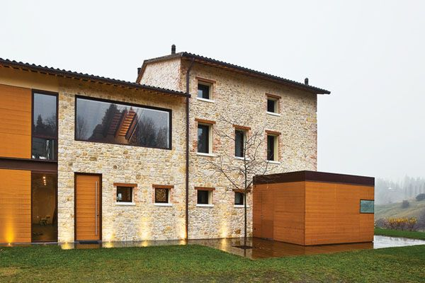 Modern Renovated Italian Farmhouse