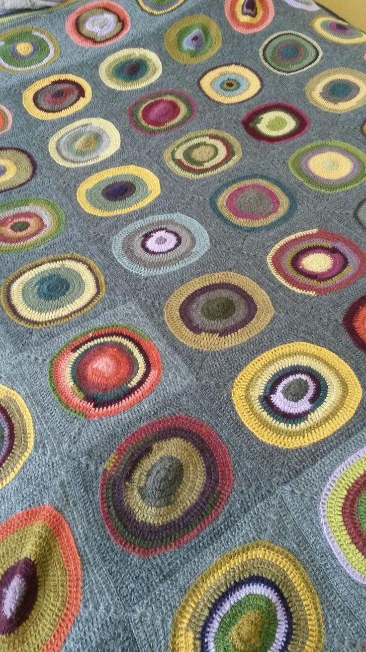 plaid crochet bullseye