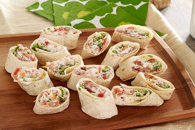 We've never met a BLT we didn't like, and our tortilla version is no exception. All the elements of the classic, rolled and cut into bite-size pieces to share with your peeps.