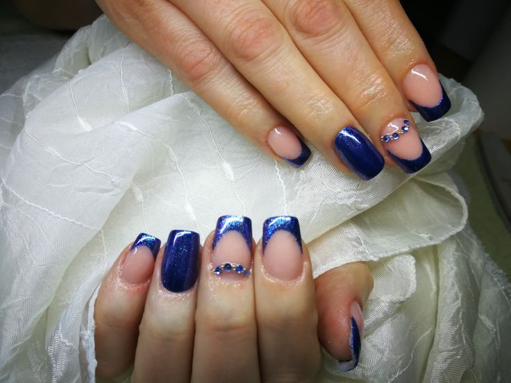 #nailart #nailstagram #nails #nailartist #nailswag #handmade #handpainted #nailstagram #nailartwow #nailartist #nails #mukorom #mukormos #köröm #naildesign