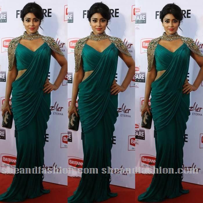 shreya saran in green saree gown for filmfare awards 2015