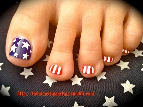 Creative toe nails.. 4th of July is coming up!