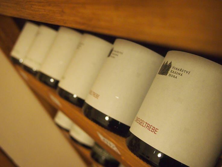 Víno z Krásné Hory.
