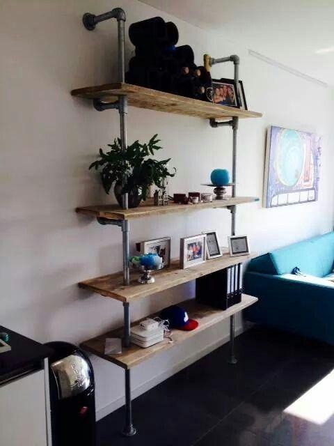 Shelves - JORGS houten meubelen