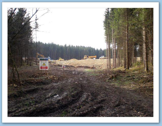 Obstacle dans le Jura : la construction d'une ligne TGV.  Pas facile à contourner...