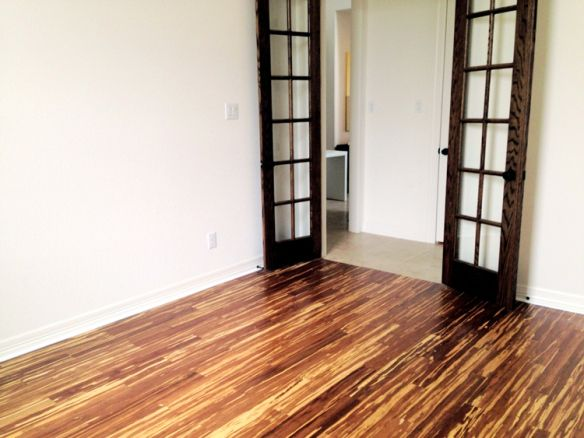 Tiger stripe bamboo floors the smithocracy the for Strand woven bamboo flooring pros and cons