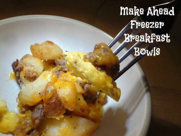 Make Ahead Freezer Breakfast Bowls #recipe via www.jmanandmillerbug.com