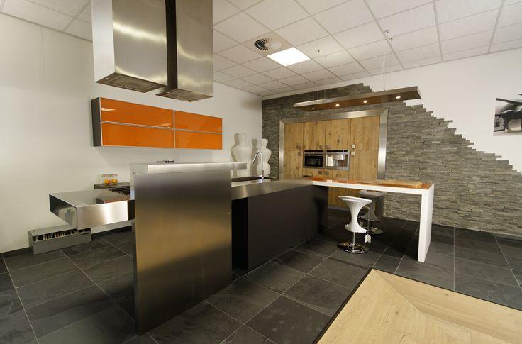 Ook strak design is mogelijk bij Odink Keukens Tynaarlo, http://odinkkeukens.nl/