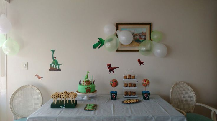 """Mesa dulce para cumpleaños """"El gran dinosaurio"""""""