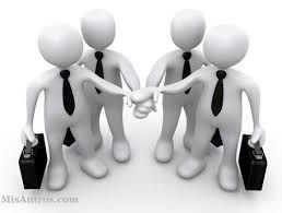 """La comunicación informal posibilita y fomenta la idea de """"equipo"""""""