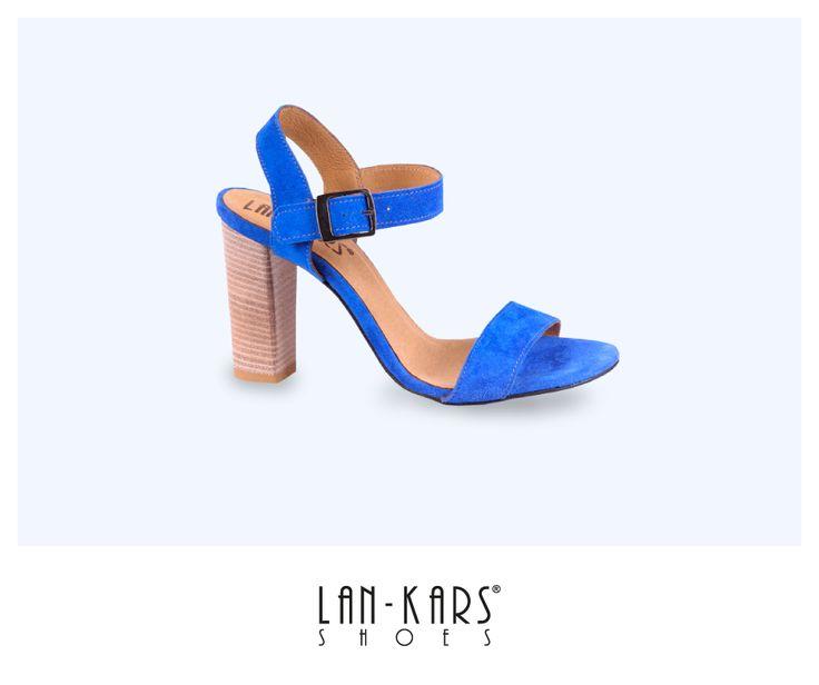 Kobaltowe sandały na obcasie  #blue #sandals #highheels #feminine #sexy #fashion #style #cobalt #leather