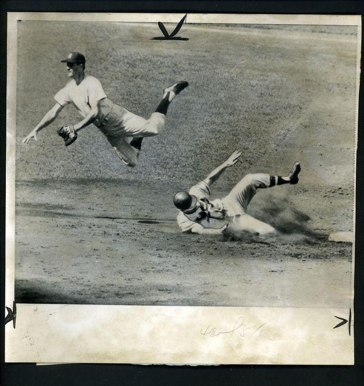 Bob Hazle & Jerry Coleman Game 7 1957 World Series Press Photo Braves Yankees #Photo