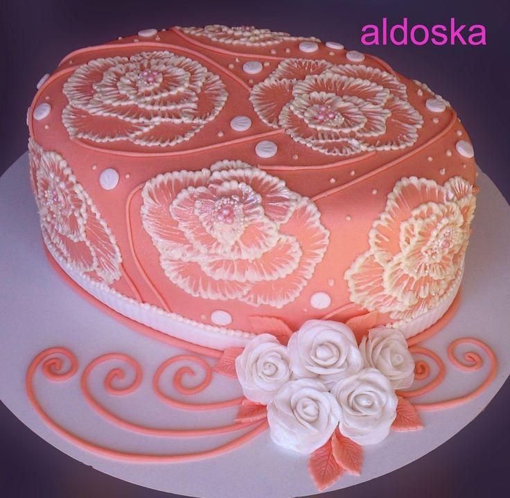 Wedding rose and white — Birthday Cakes