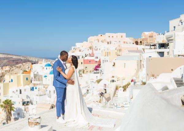 Honeymoon – Santorini Photography