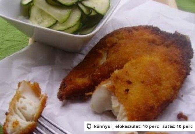 Joghurtpácos panírban sült hal cukkinisalátával