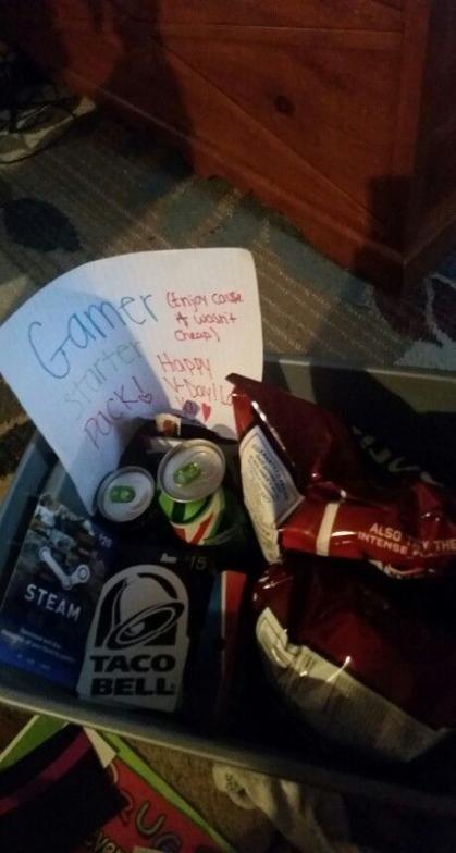 53+ Ideas Gifts For Boyfriend Gamer