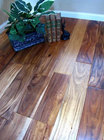 Casabella Hardwood Handscraped Asian Walnut Natural Flooring
