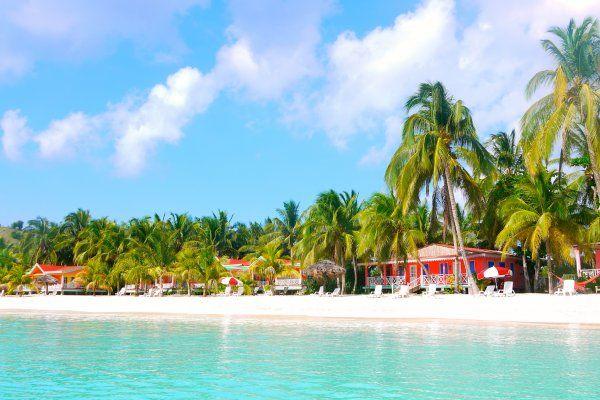 Abaka Bay Beach, on Haiti's Ile-à-Vache (photo: )