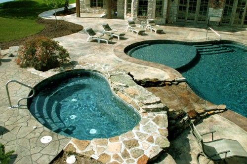 Outdoor Swimming Pool Designs: Kidney-Shaped Swimming Pools: Kidney-Shaped Spa