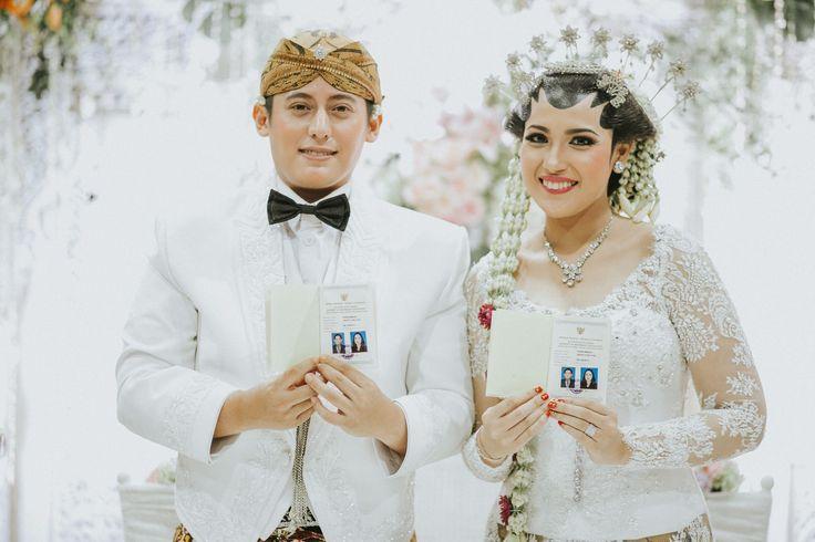 Pernikahan Adat Jawa Solo Klasik ala Titi dan Lukman - TitiLukman_Day2_1397