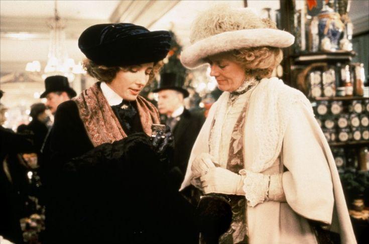 "Emma Thompson as Margaret Schlegel ----  and   Vanessa Redgrave as Ruth Wilcox ---- in E. M. Forster  novel ""Howards End""  1992"