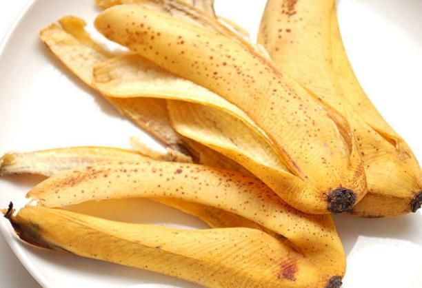 Té de plátano para cuidar nuestras plantas